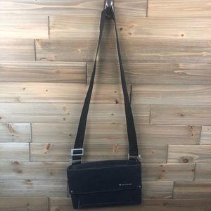 ❤️Sherpani Dark Blue Denim cross body purse ❤️